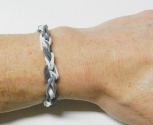 Réalisation du bracelet Spirale Rainbow Loom