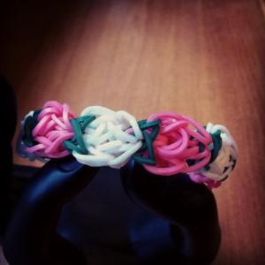 bracelet fleur d'oeillet